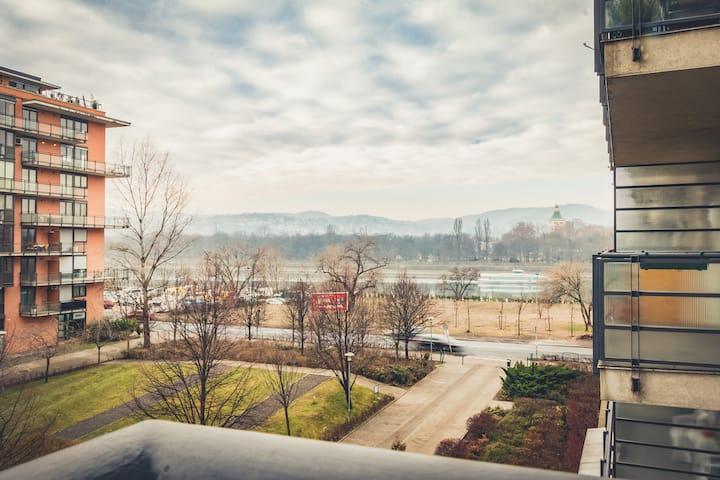 Budapest Riverside - free pool & spa