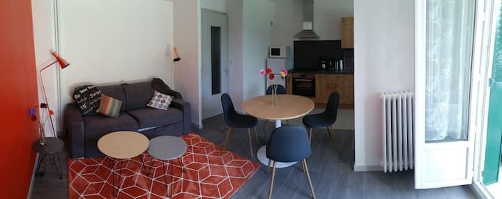 Rochemay n°10 Appartement rénové avec terrasse