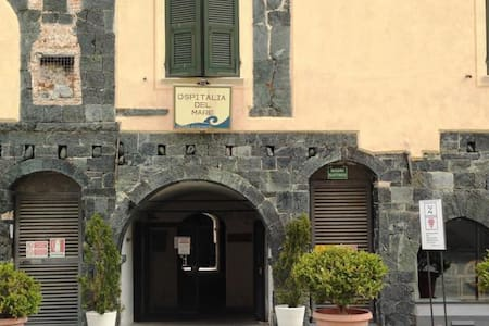 Private twin room, Levanto - Yatakhane