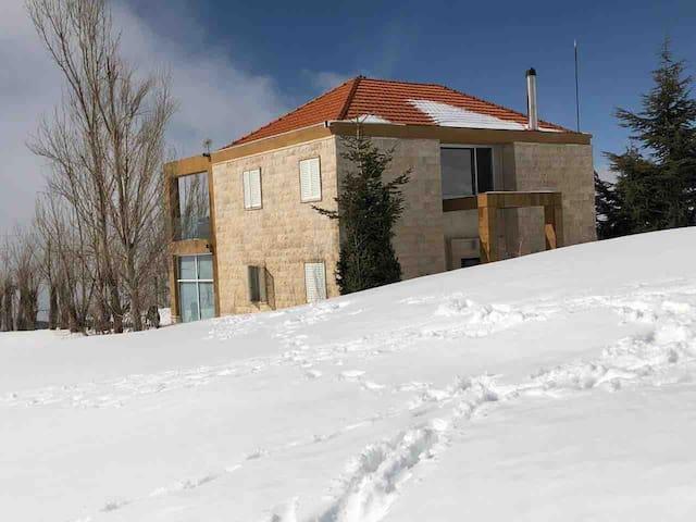 Winter Wonder Villa with Jacuzi & Sauna
