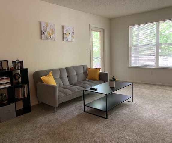 1 bedroom apartment 10 minutes from Princeton