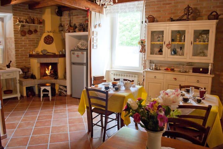 Singola in Antico Casolare del Borgo B&B