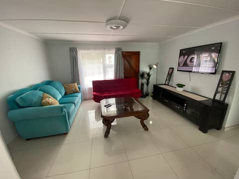 Affordable Quiet Airbnb in East London