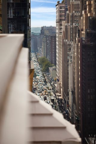 Great city views right out your window!