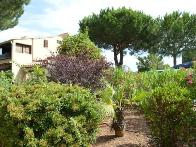 Appartement studio 2 couchages ST CYPRIEN PLAGE