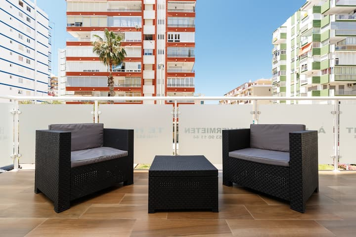 Beautiful and modern 1b apt big terrace 150 m from the beach of Torre del Mar