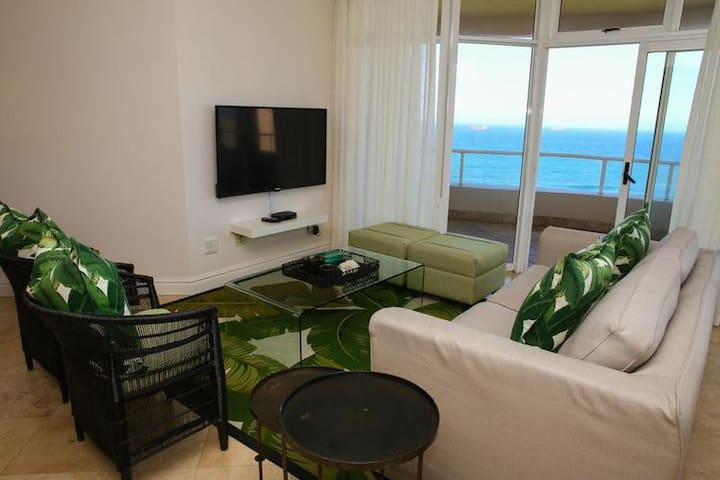 Oyster Three Bedroom Sea facing Apartment