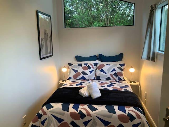 Cosy bedroom 4 with wardrobe