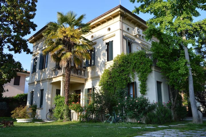 Flat in Treviso,  convenient for Venice