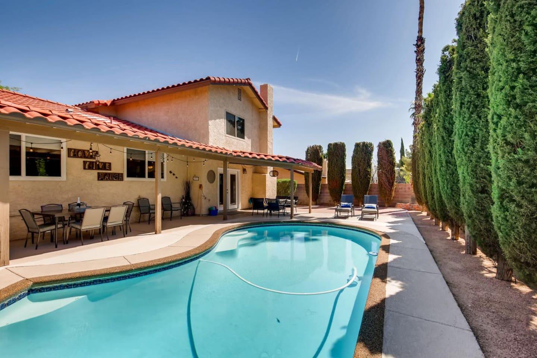 Backyard Patio Pool