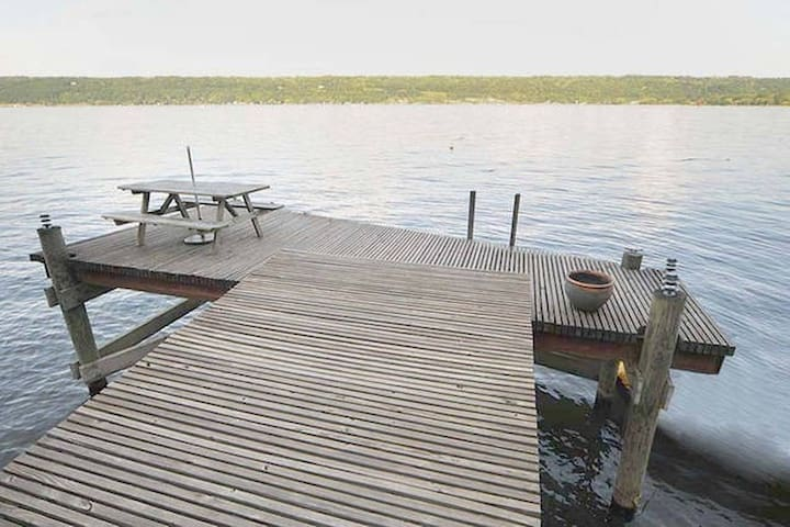 Scenic Cayuga lake cottage style home. - Ithaca - House