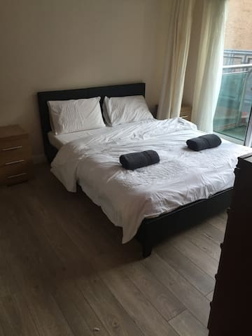 Large 2 Bedroom City Centre Apartment - South Yorkshire - Appartement