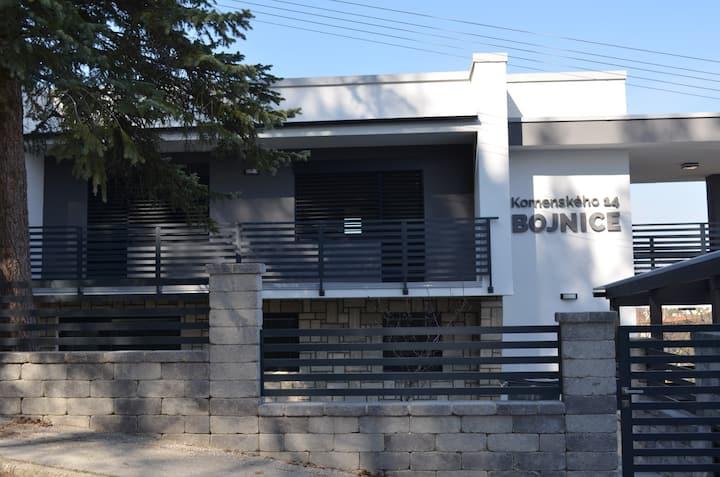 Apartmány Komenského Bojnice