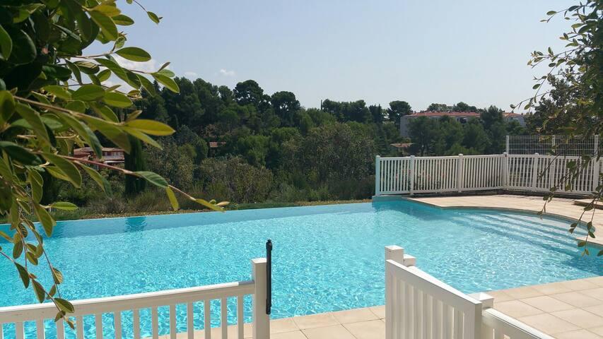 T2 Aix en Provence résidence avec piscine tennis