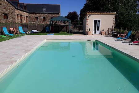 Charming and modern gîte with heated swimming pool in rural setting near Angers