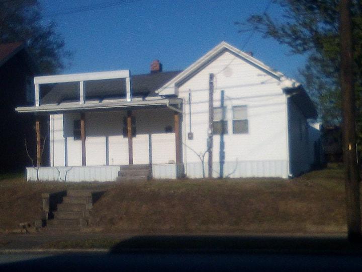 1618 Triplett Street
