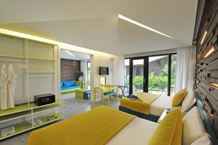 One Bedroom Suite in Luxurious Astoria Palawan