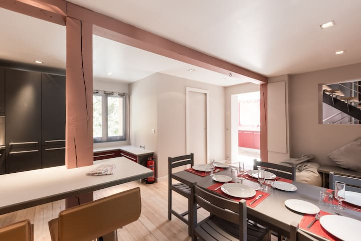 Chalet Soho Apartment, Perfect for smaller groups!