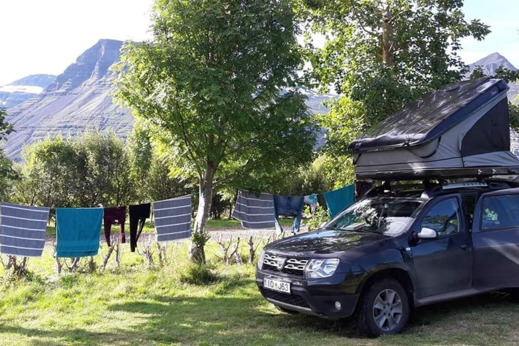 new 4x4 dacia and top tent camping cars caravanes louer hafnarfj r ur r gion capitale. Black Bedroom Furniture Sets. Home Design Ideas