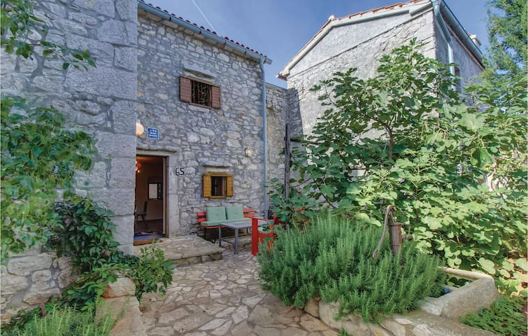 Terraced house with 3 bedrooms on 103 m² in Orlec