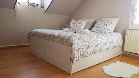 Chambre Cocooning, maison spacieuse, 5 mn Chauny