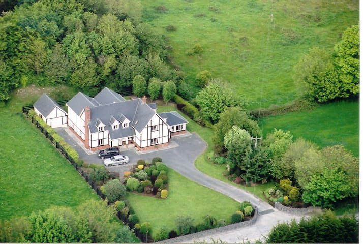 Woodbrook Lodge - Ennis - Inny