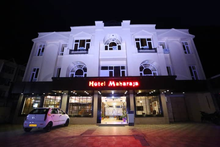 Hotel Maharaja Inn - Deluxe Double Room