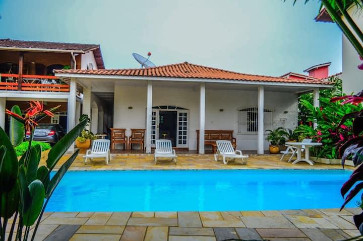 Casa em Maresias - 100 mts. da praia