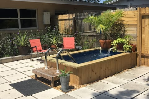 2BR/1B Home---Close to KSC and Port Canaveral!