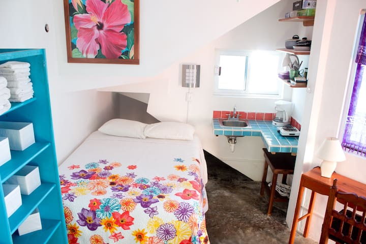 Studio apartment in great location! - Cancún - Lakás