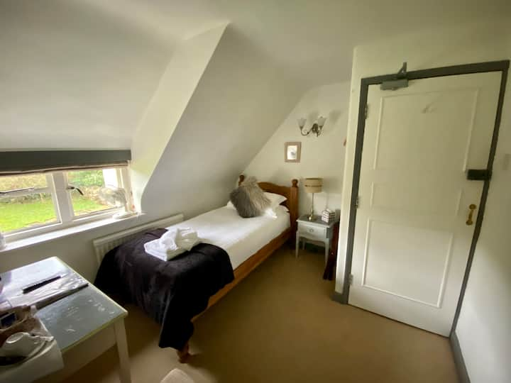 Home Farm Hotel & Restaurant Single Bedroom