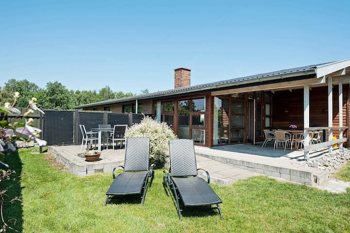 Lovely Holiday Home in Juelsminde with Terrace