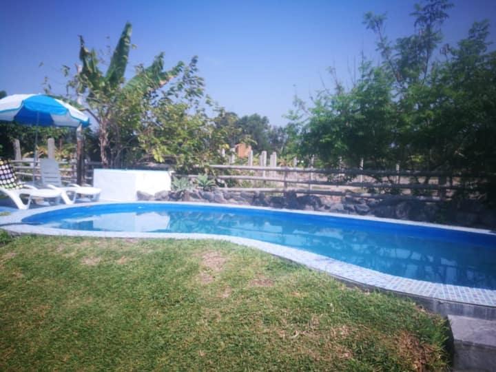Casa de campo con piscina en Mala 1 hora de Lima.