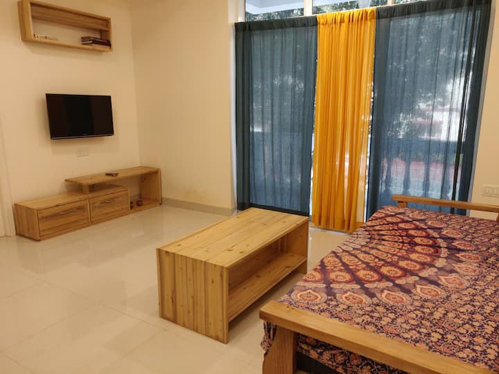 D1 Cosy apartment in North Goa (CASA RIO BUILDING)