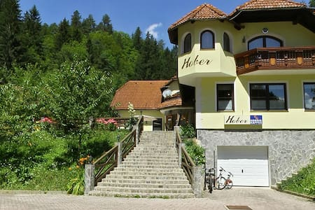 Hober accommodation - Breznica - Bed & Breakfast