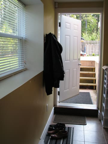 Private entrance to come and go as you like with own key. There is a lock box system in place.