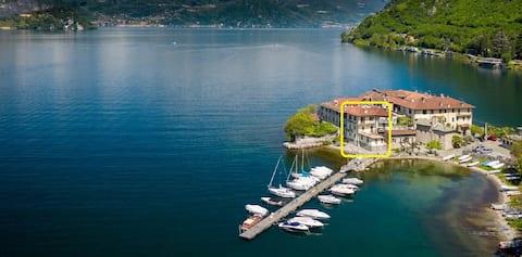 Lierna Castillo  Guarida de Achille - Lago de Como