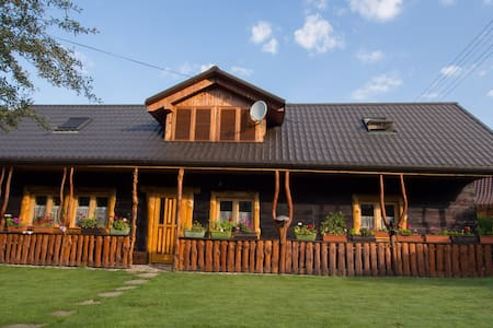 Romantic wooden lodge close to rock climbing areas - Záskalie