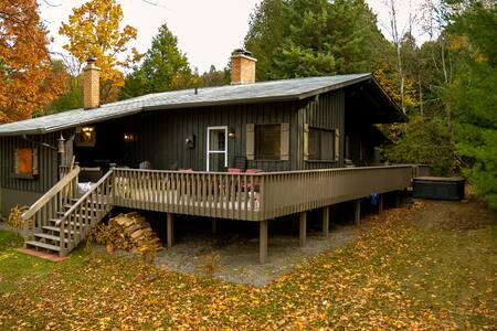 The Chalet Hideaway - Colborne