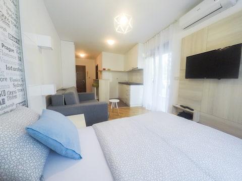 Apartments Karamarković 4