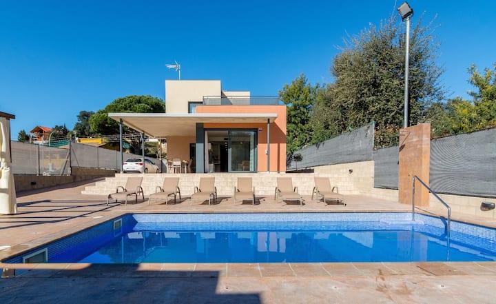 OS HomeHolidaysRentals Diamond -Costa Barcelona