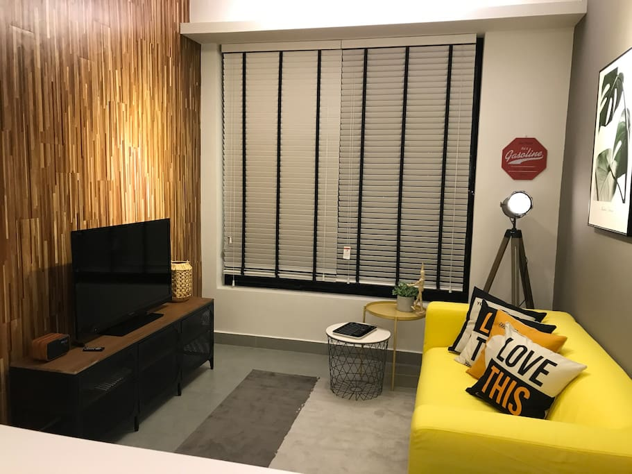 cyberjaya kanvas 100mbps wifi your second home wohnungen zur miete in cyberjaya selangor. Black Bedroom Furniture Sets. Home Design Ideas