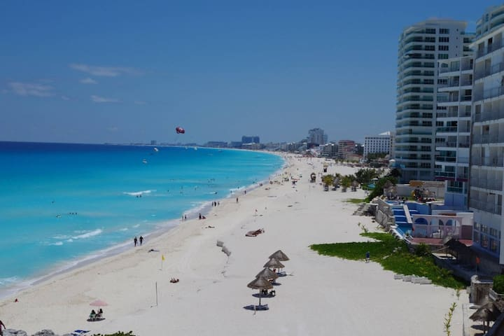 Located on the best beach in Cancun. (This unit doesn´t have this view to the ocean. I uploaded this photo so you can view the beach in which it is located, this unit is facing the other side to the lagoon).