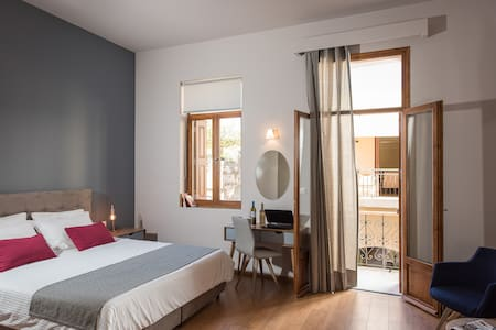 Bluebell Junior Suite - Chania