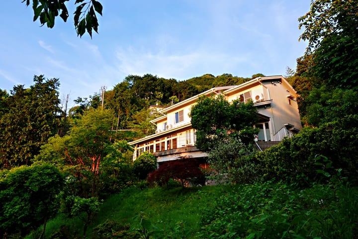 猿楽温泉リゾート(温泉庄园) 180°海景洋式套房(4人间)