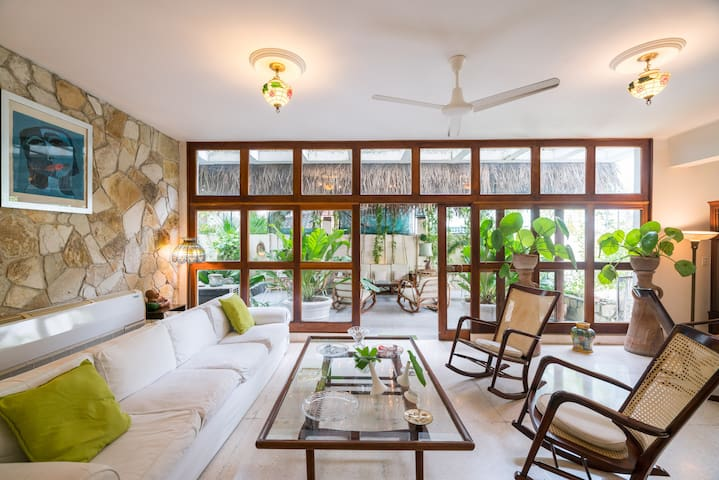 Casa Miramar 6614. Full House. 4R