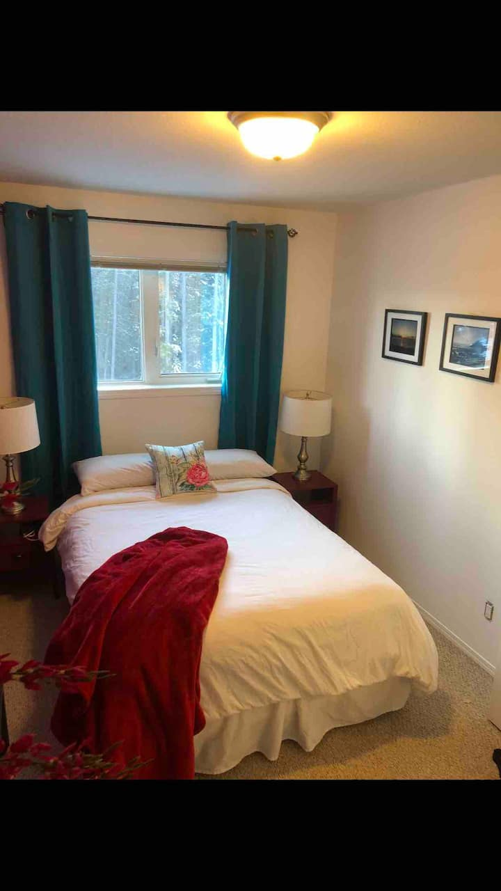 Private Room in Modern Duplex