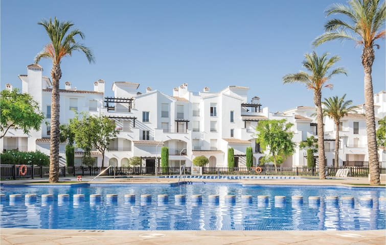 Terraced house with 2 bedrooms on 61m² in Roldán