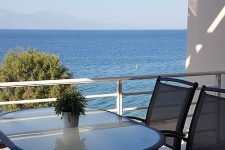 Apartment infront of the sea suitable for families