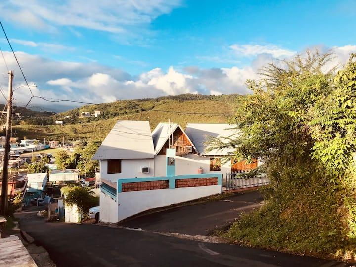 ∞ Villa Naguabo ∞ Vista del Mar y El Yunque